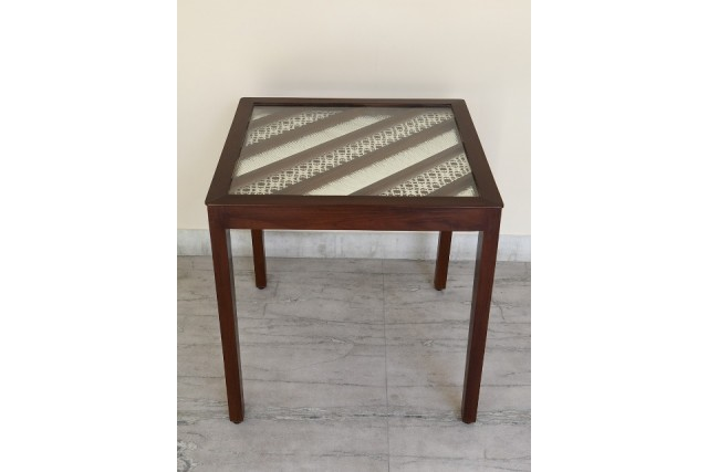 INTRICATED JALI WOODEN  TABLE